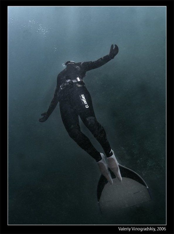подводное фото фридайвер моноласта озеро вад виноградский валерий Лететьphoto preview