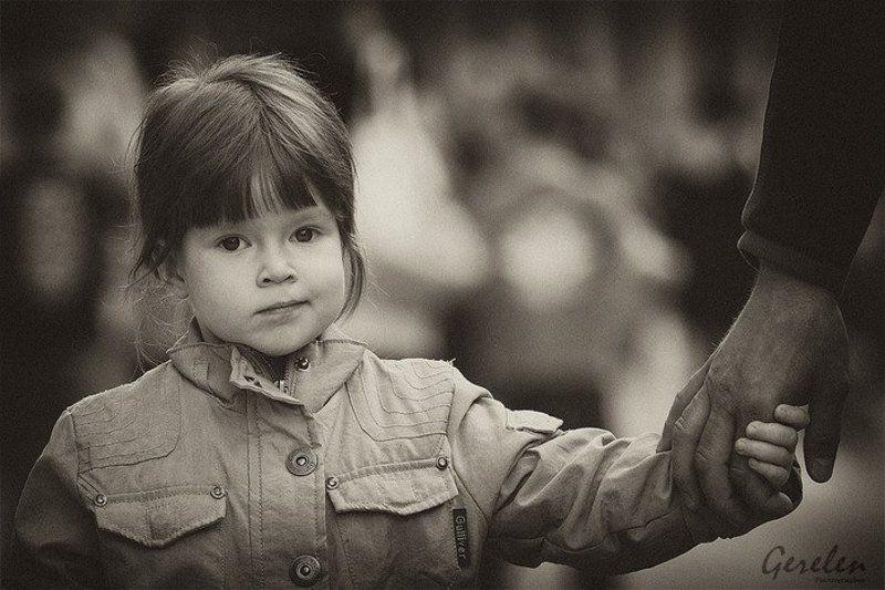 дарья, ребенок, портрет Я папу веду на парадphoto preview