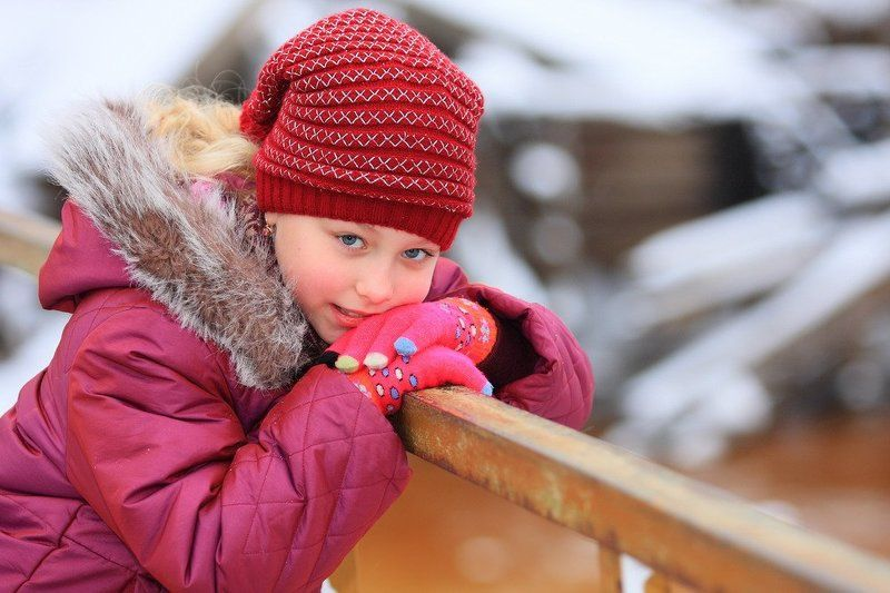 девочка, зима Рыжее настроениеphoto preview