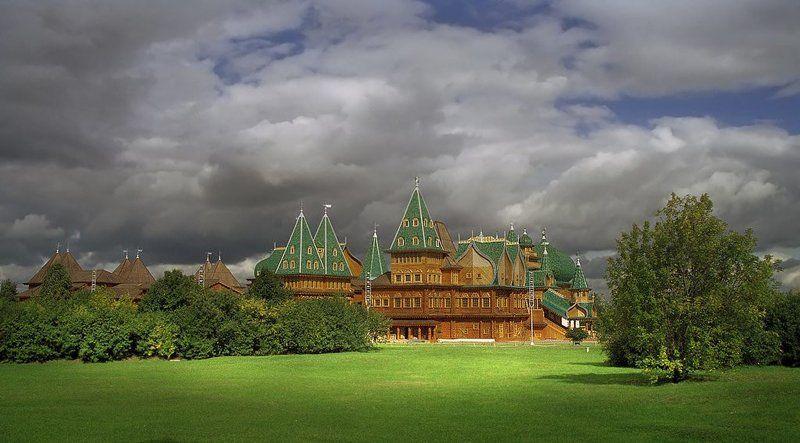 Деревянный Коломенский дворец, летняя резиденция Алексея Михайловича Романова.photo preview