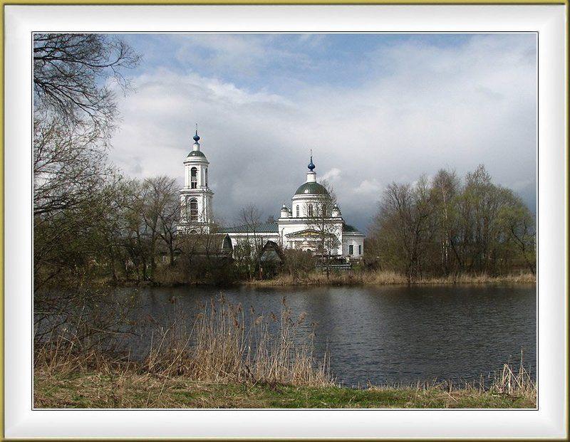 Церковь Вознесения Господня в Борщеве Клинского р.photo preview