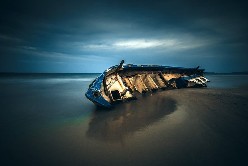 Шри Ланка, старая, океан, лодка, длинная экспозиция, апрель, sri lanka, old boat, ocean, long exposure, april Old boat...photo preview