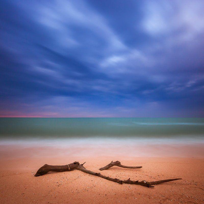 минимализм На дальних берегахphoto preview