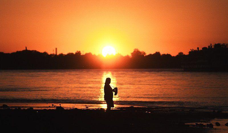 Закат, Нева, Санкт-петербург, Солнце, Человек ***photo preview