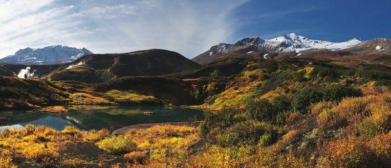 Озеро в окрестностях вулкана Мутновскогоphoto preview