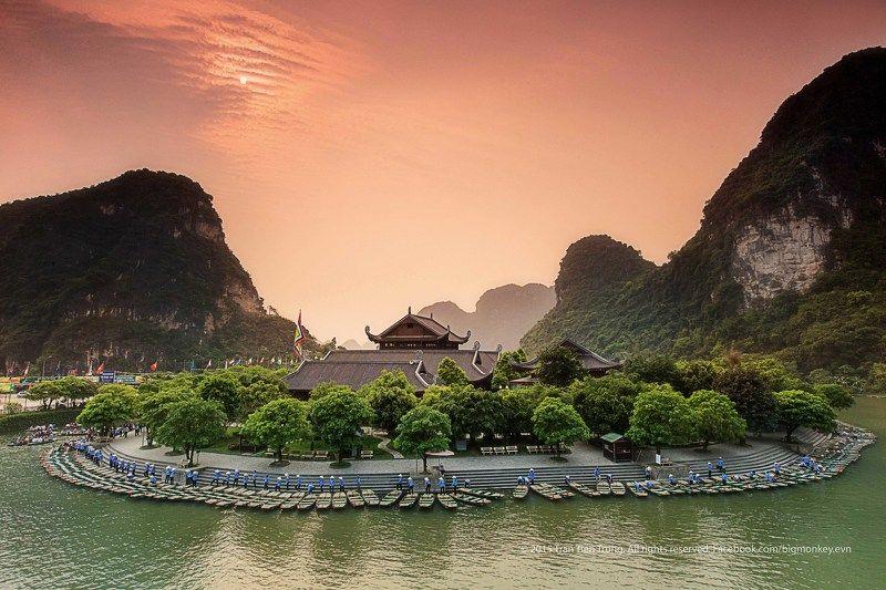 travel landscapes places Trang An - Ninh Binh - Viet Namphoto preview
