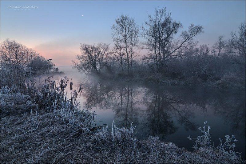 утро, туман, иней, заморозок, отражения, рассвет, сумерки Первый заморозок на рекеphoto preview