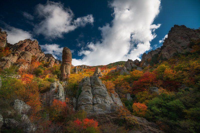 демерджи, крым Золотая осень в Долине Привиденийphoto preview