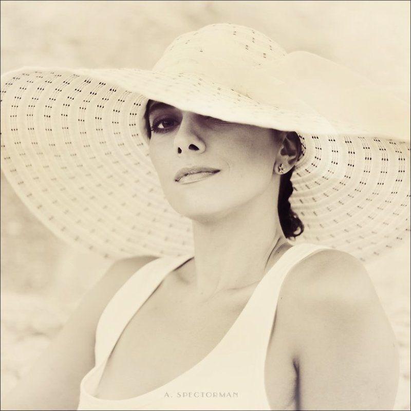 Clair de femmephoto preview