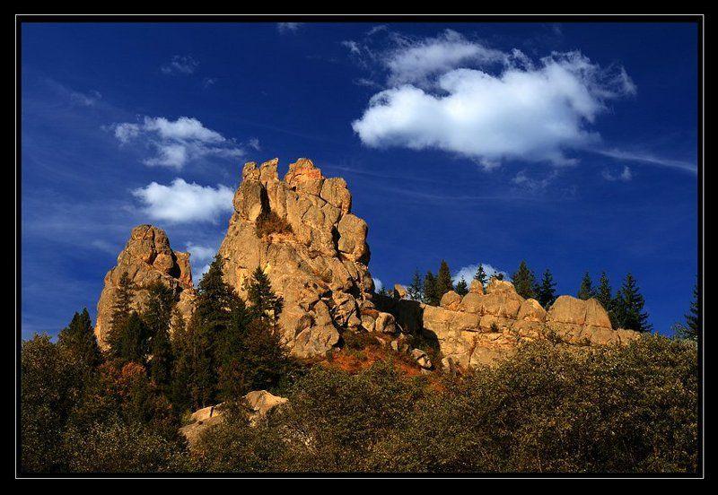 скалы, лес, облака, осень ***photo preview