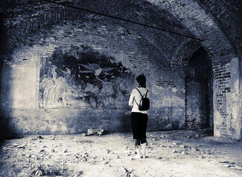 паломники, храм, фреска Босиком к вере..photo preview