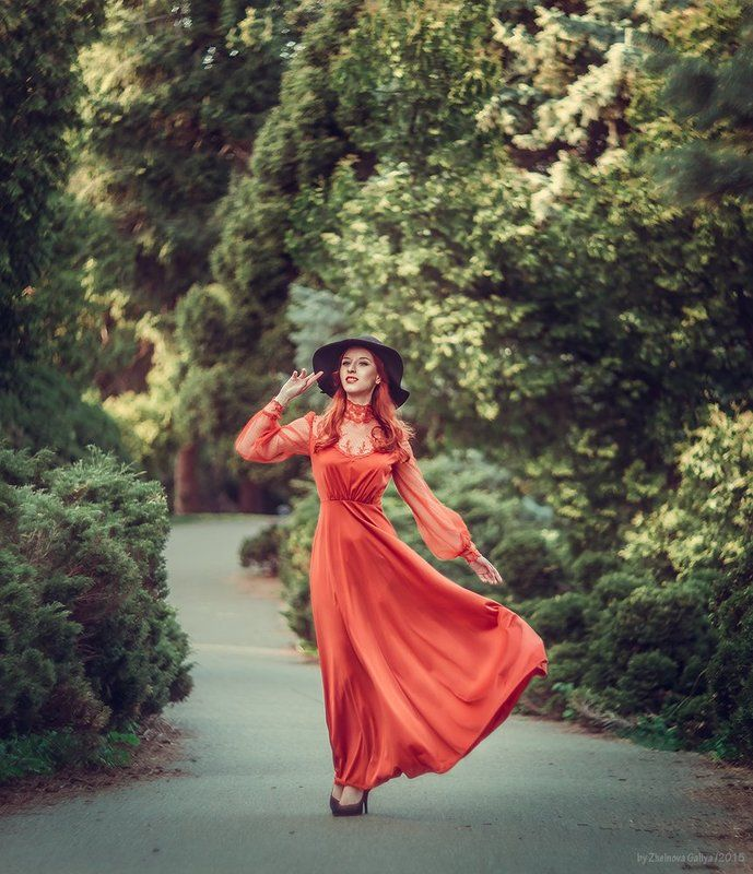 Девушка, Зелень, Платье, Рыжая ...photo preview
