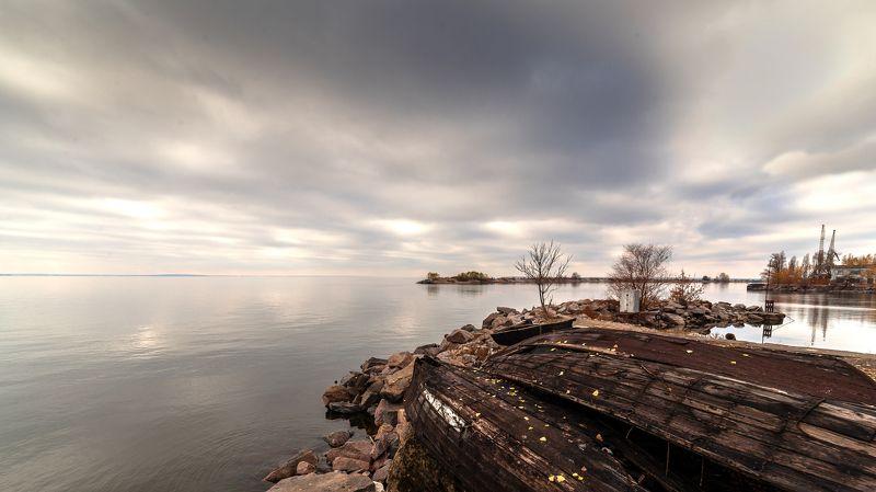 осень, небо, облака, залив, лодки,  Осеннее безмолвиеphoto preview