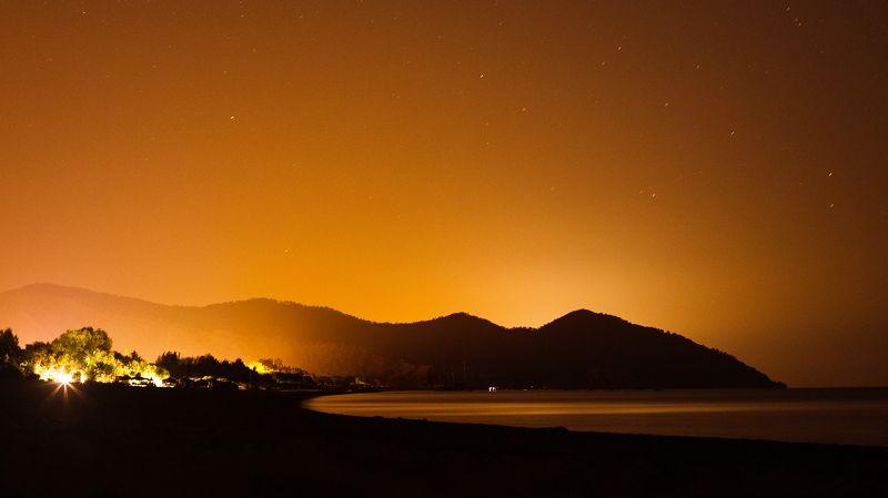 ночь, звезды, море, горы Теплая ночьphoto preview