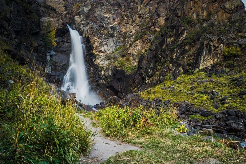 Алтай, Водопады Течение жизниphoto preview