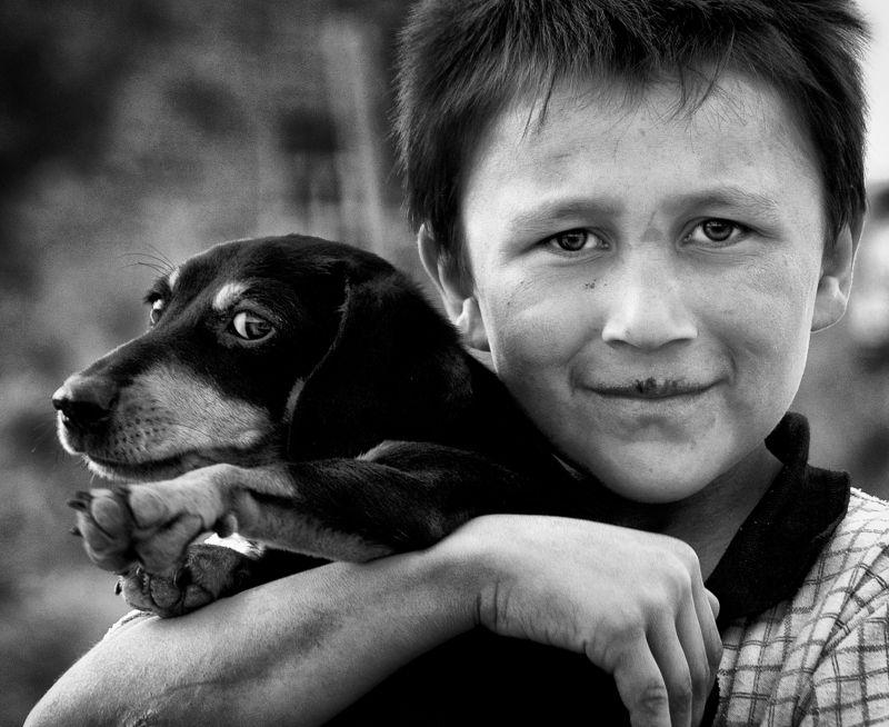 «Друзья». Из серии «Оралманы». г.Туркестан. Оралманы первой волны.photo preview