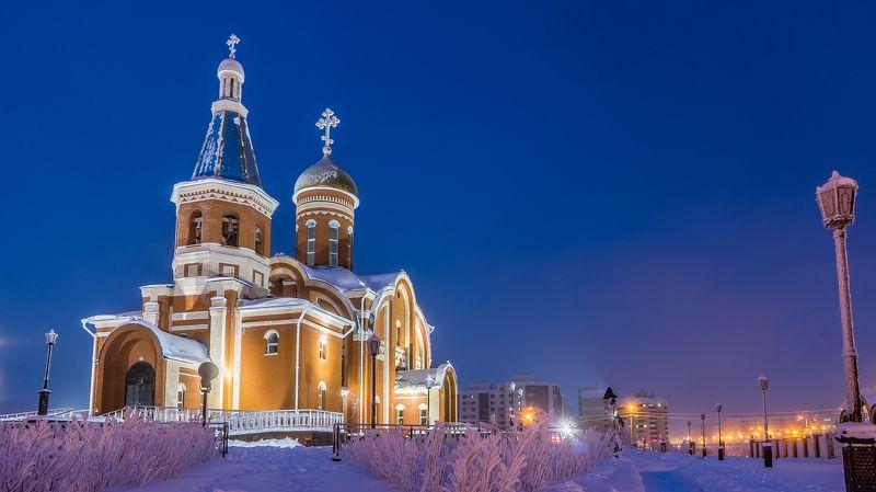 Церковь. Новый Уренгой;.photo preview