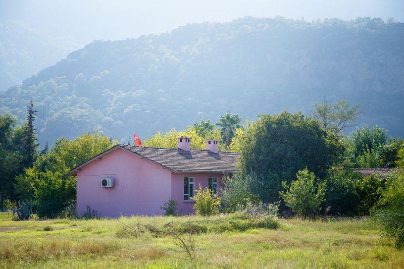домик, горы, школа Домик в горахphoto preview