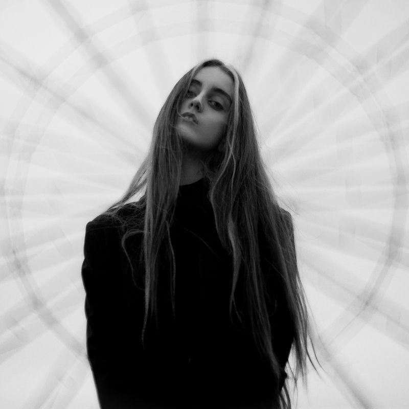 Портрет, Портрет девушки, Ч/б, Черно-белое photo preview