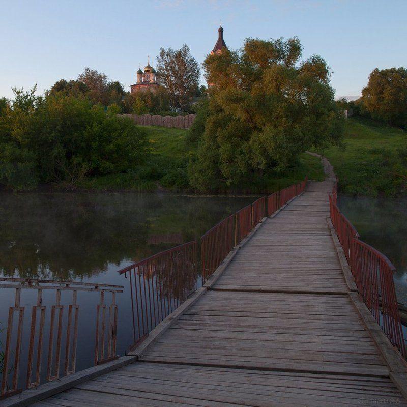 Пейзаж, Церковь В церковь утренней дорогойphoto preview