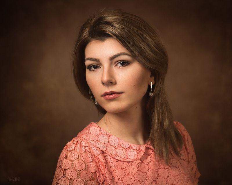 классический портрет, девушка, студия, красивая Асяphoto preview