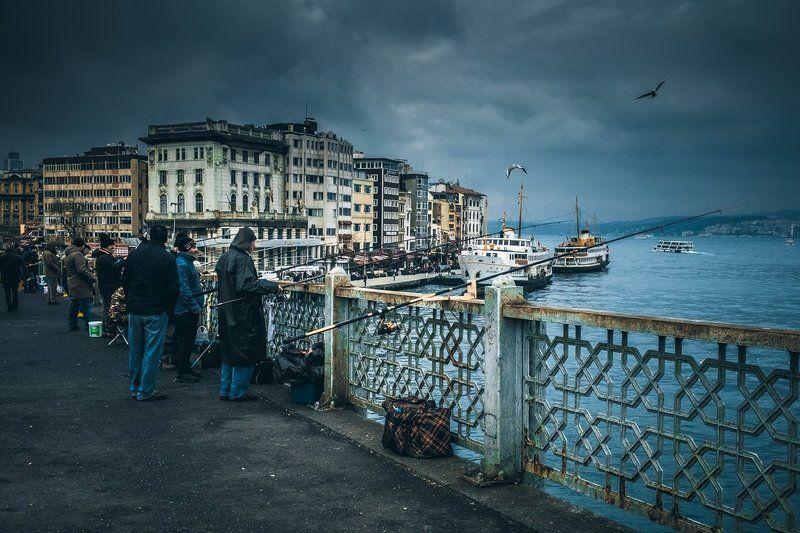 стамбул, рыбалка, рыбаки, рог, мост, золотой, галатский, istanbul, golden horn, galata, fishing, fishermen, bridge Fishing on the Galata Bridge...photo preview