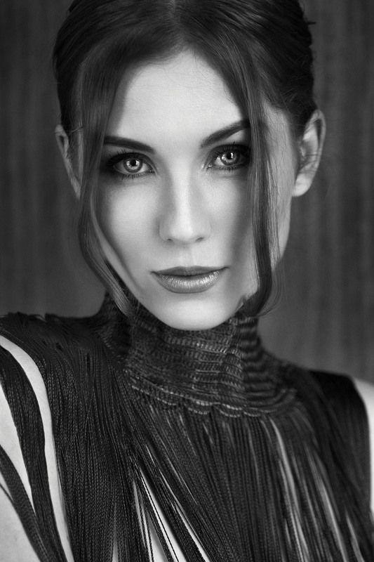 портрет, девушка, чб, монохром, глаза Stripsphoto preview