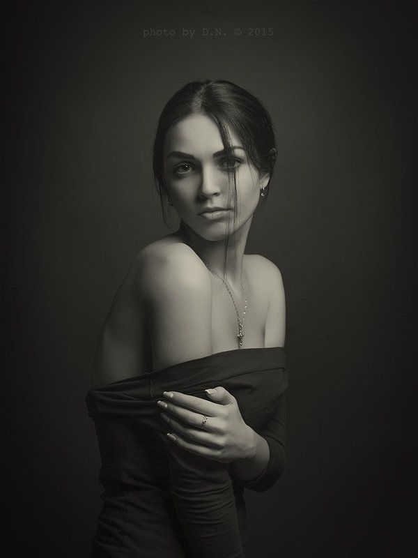 portrait, studio, BW, girl Juliaphoto preview