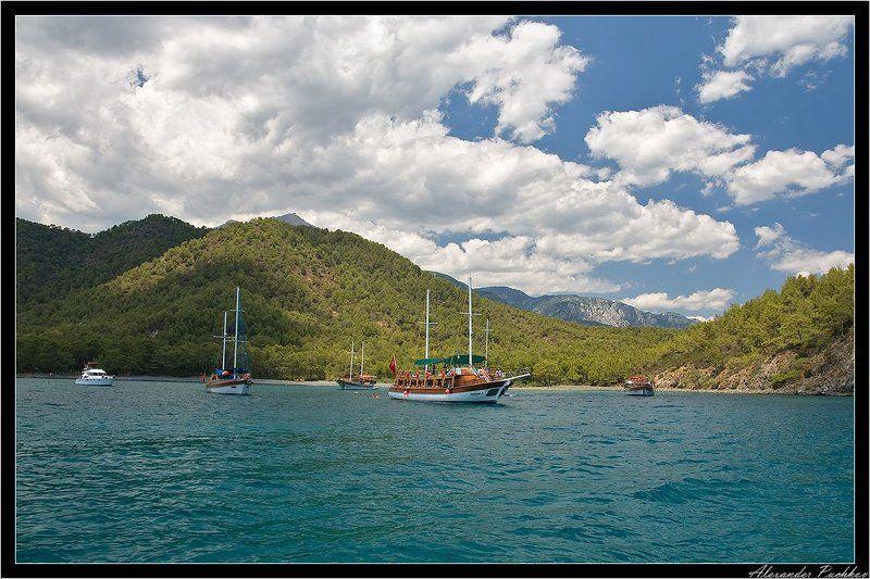 море, бухта, горы, яхта ***photo preview