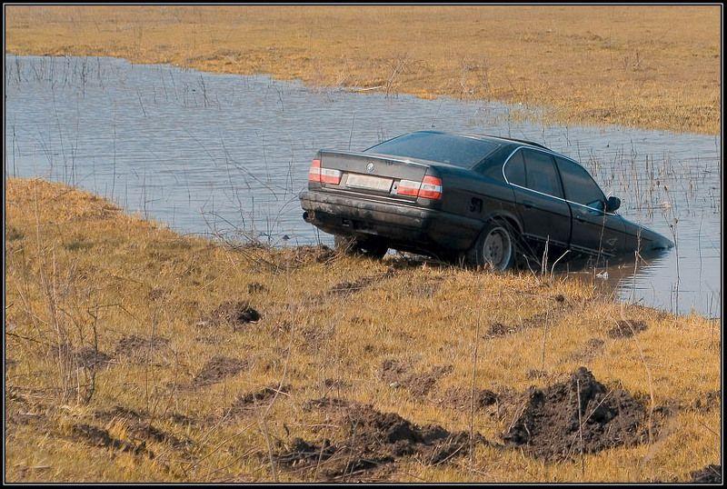 весна, вода, автомобиль На водопоеphoto preview