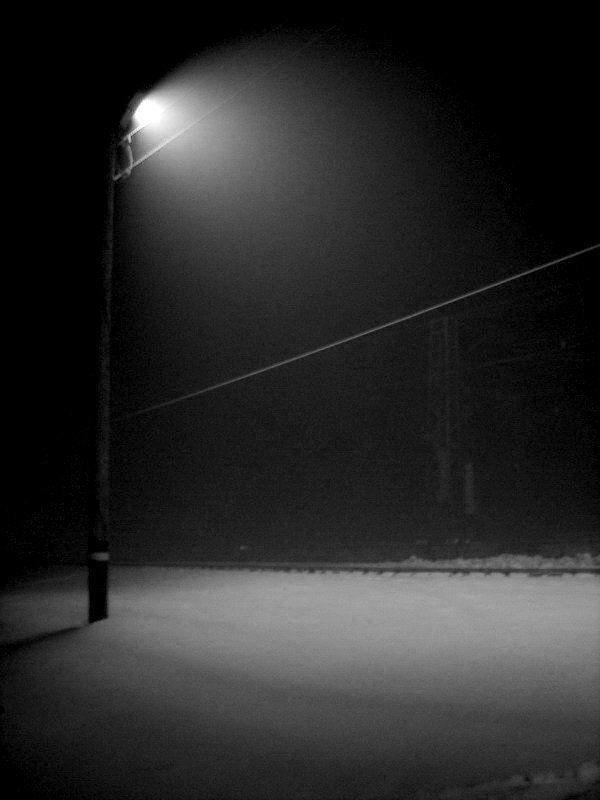 Одинокий фонарьphoto preview