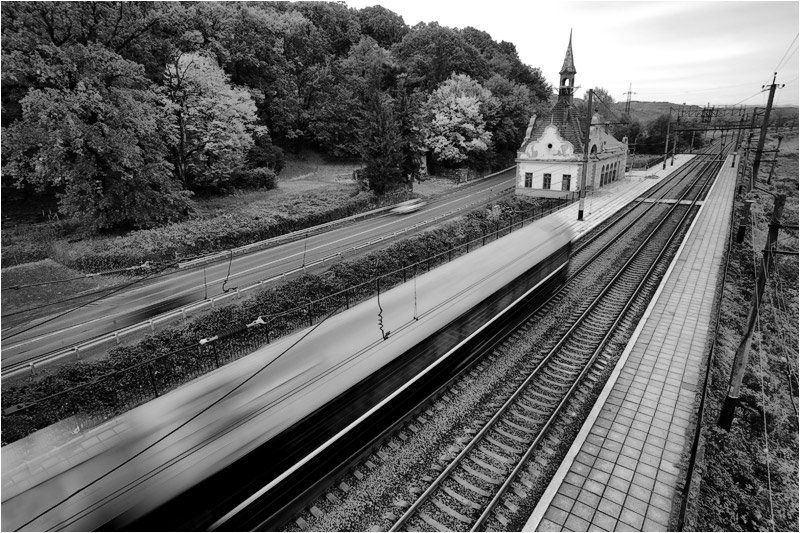 поезд, дорога, автомобиль ***photo preview