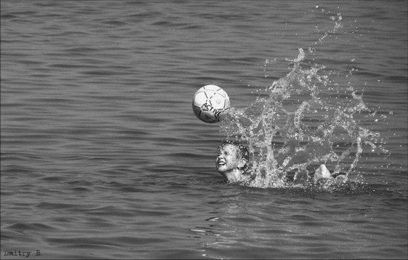 лето, мальчик, мяч, волга про летоphoto preview