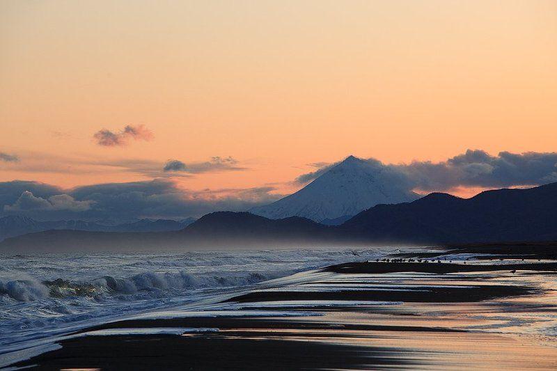 камчатка, тихий океан На краю землиphoto preview