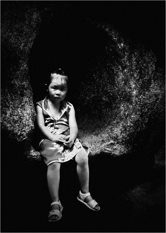 детство, недетские мысли, взгляд, девочка,китай, гуанчжоу На краю света!photo preview