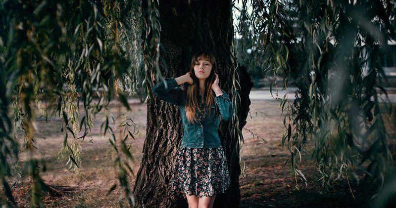 girl, portrait, портрет, девушка, природа, ива, дерево, лицо ***photo preview