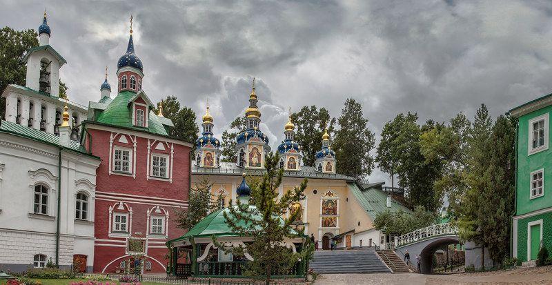 Печоры, Псковская область, Август, 2015 г.  Не скрывайте себе сокровищ на земли...photo preview