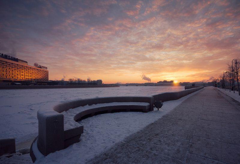 Рассвет над Невойphoto preview