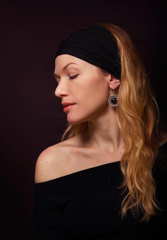 девушка, портрет, серьга, классический, girl, portrait, earring Девушка с  серёжкойphoto preview