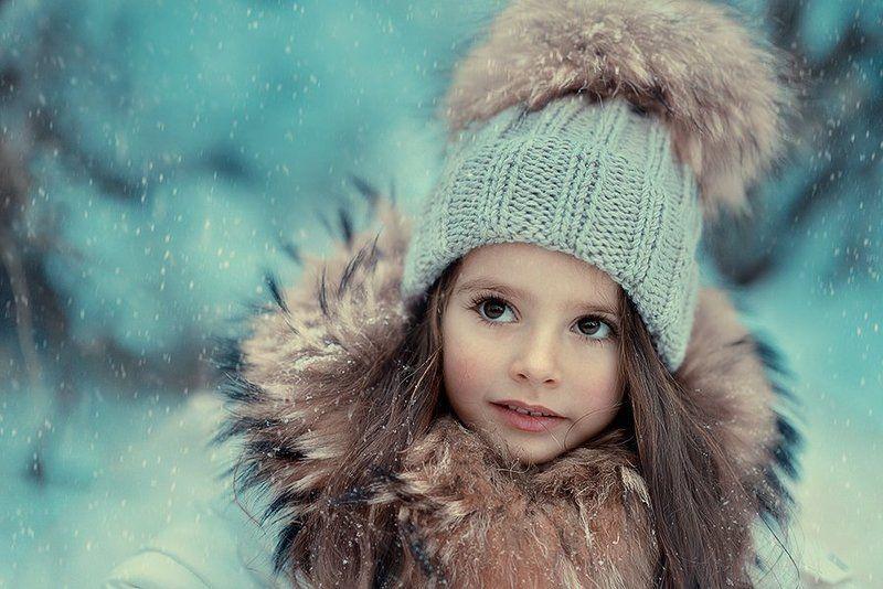девочка, ребенок, зима, глаза, снег, праздник, мех ***photo preview