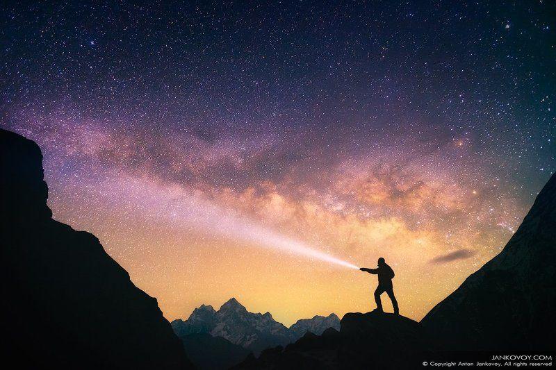 Непал, Гималаи, Эверест, ночь, звезды, созвездие, млечный путь, горы, силуэт, треккинг, трек,, пейзаж, небо, человек, свет,  Dreamcatcher photo preview