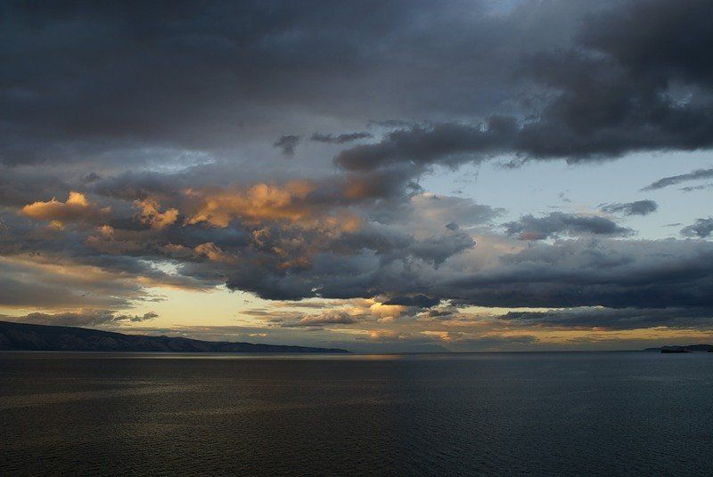 байкал, ольхон Небо над Малым моремphoto preview