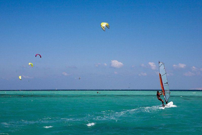 серфинг, красное море, египет, путешествия, пейзаж Красное море. Серфингист.photo preview