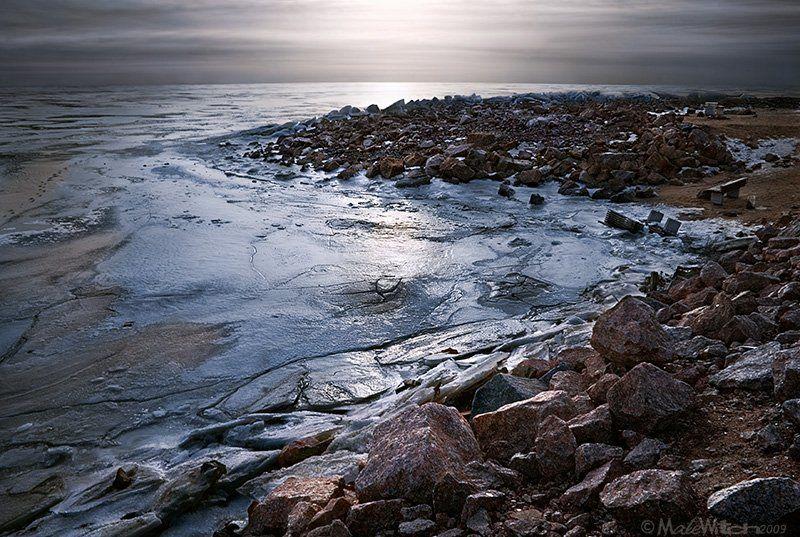 пейзаж,зима,природа,берег,лёд,камень,закат Endphoto preview