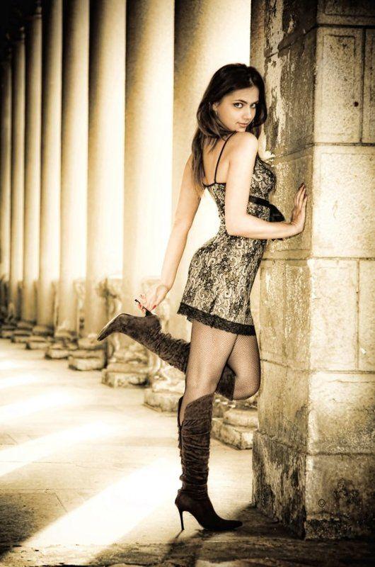 девушка, модель, гламур, сочи, колонны Колонныphoto preview
