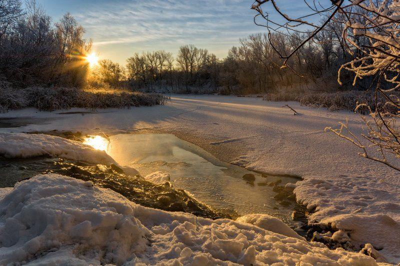 рассвет, ерик, речка, лед, зима, снег На рассветеphoto preview