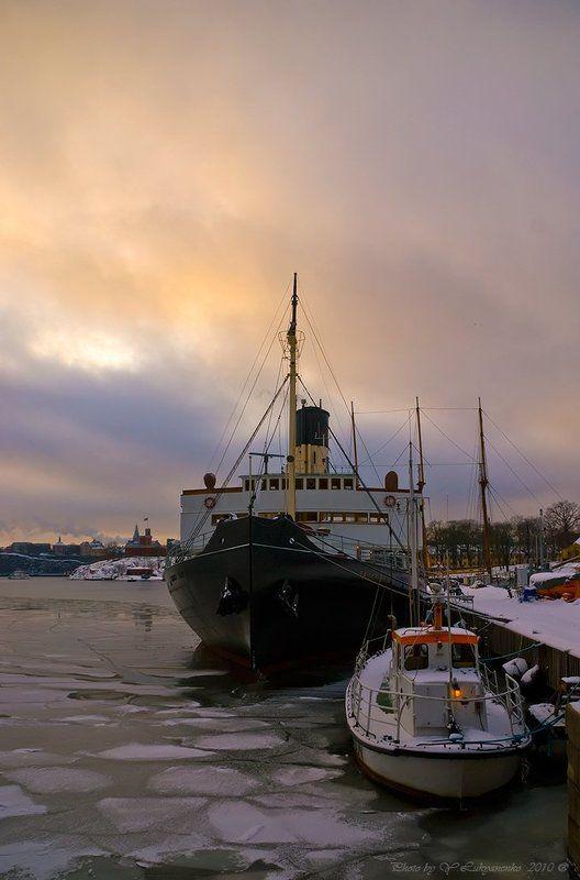 корабль, небо, стокгольм Младший братphoto preview