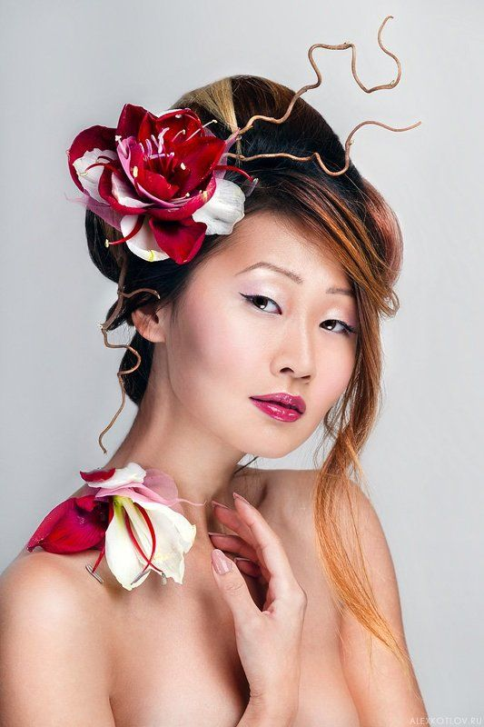 female,woman,beauty,flowers,asian ***photo preview