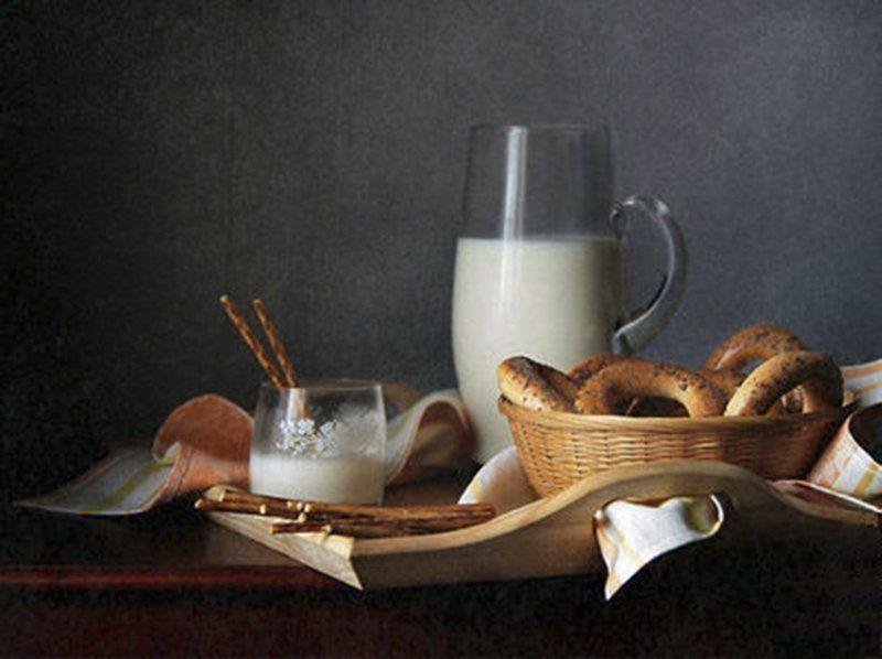 Бублики, Завтрак, Кувшин, Молоко, Натюрморт, Фотонатюрморт Завтракphoto preview