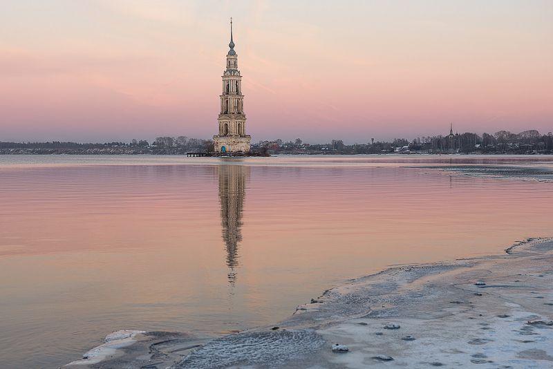 калязин, колокольня, никольский собор, утро, вечер, рассвет, закат, отражение Выжившая...photo preview
